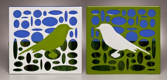 GREEN AND WHITE BIRDS IN ELLIPSE/SKY GROUND LANDSCAPE